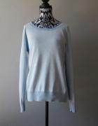 Idealny błękitny niebieski sweterek M...