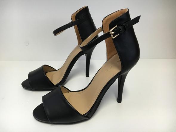 Sandały Szpilki Czółenka 40