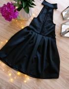 Mega seksowna czarna sukienka...