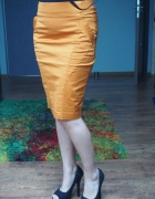 Ceglasta pomarańczowa spódnica ołówkowa nowa