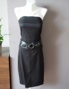 Czarna elegancka obcisła sukienka