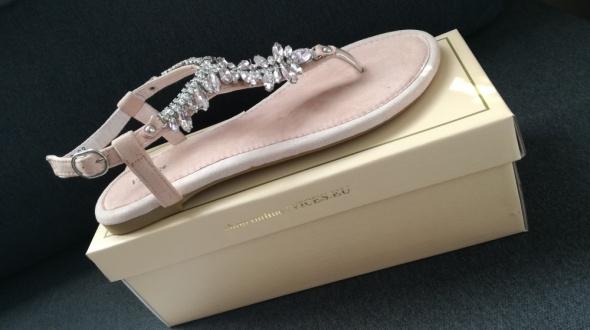 Sandały Sandały kryształki cyrkonie Vices pudrowy róż