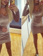 Welurowa sukienka XS mega