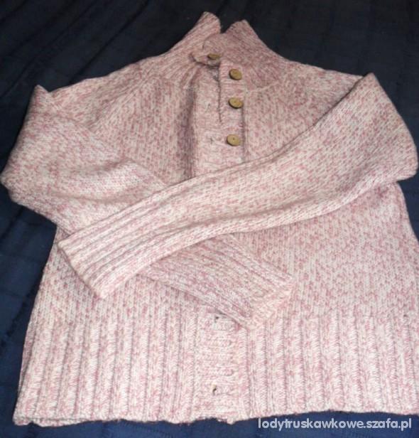 Bardzo ciepły dłuższy rozpinany sweter...