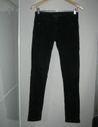 Dromedar jeans czarne spodnie rurki 26