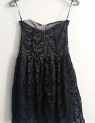 sukienka koronkowa STRADIVARIUS