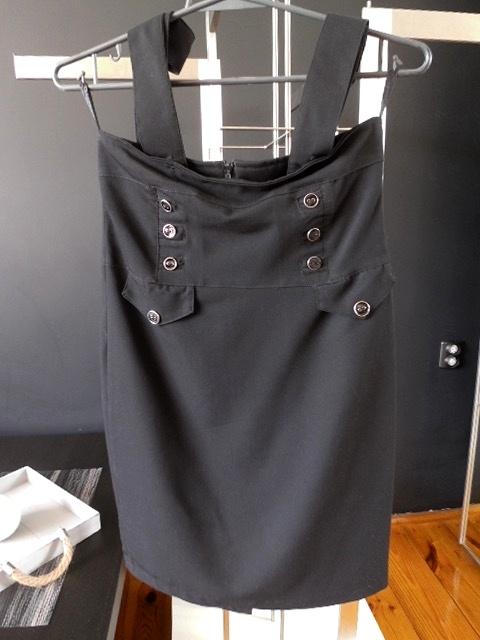 Spódnice Spódnica na szelkach z guzikami