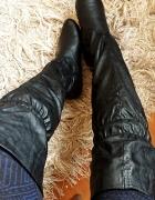 Czarne kozaki długie za kolano muszkieterki oficerki wiązane sk...