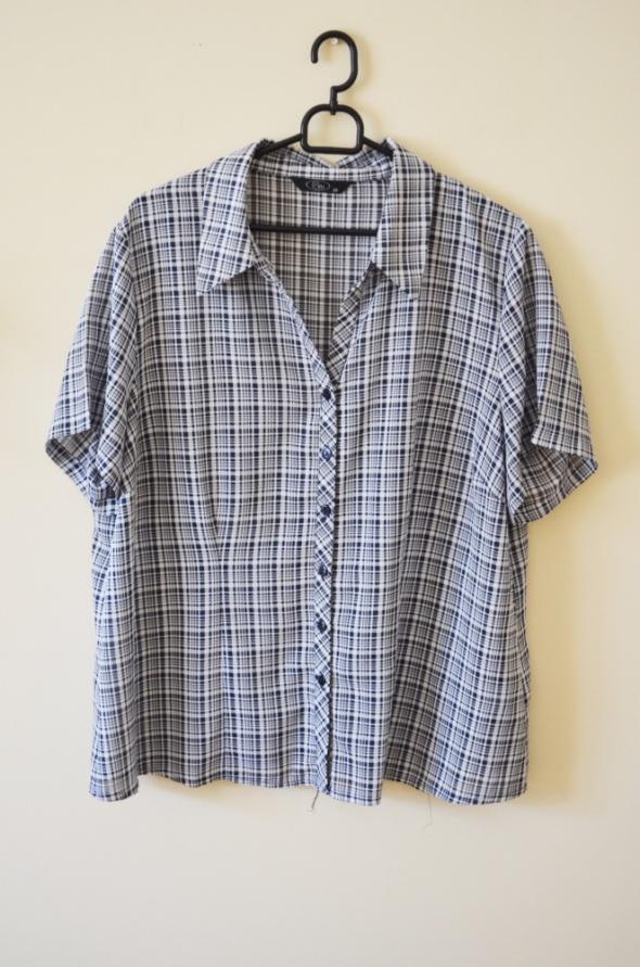 Koszula w kratę z krótkim rękawem 48