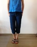 Spodnie jeansowe z wysokim stanym...