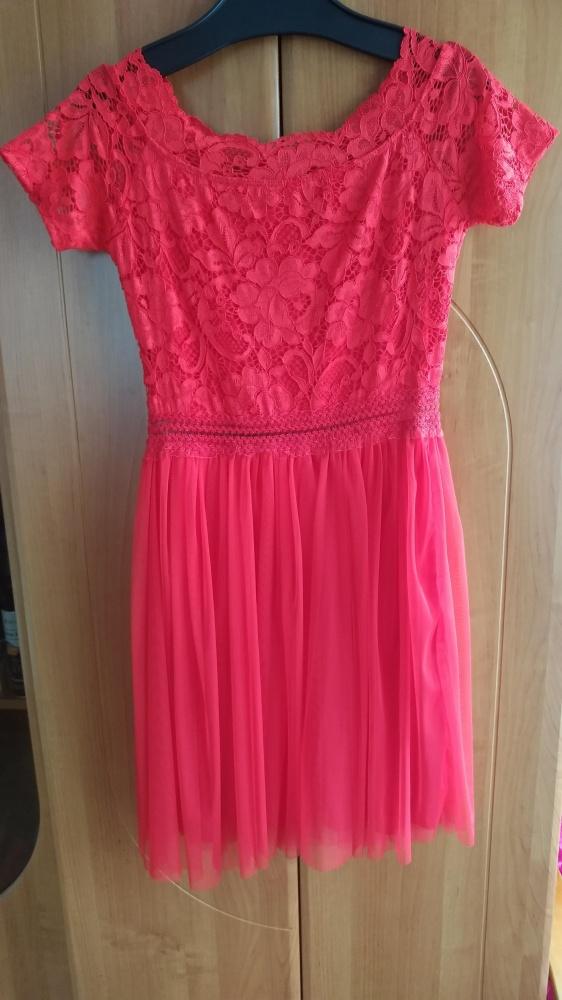 Czerwona sukienka tiul koronka