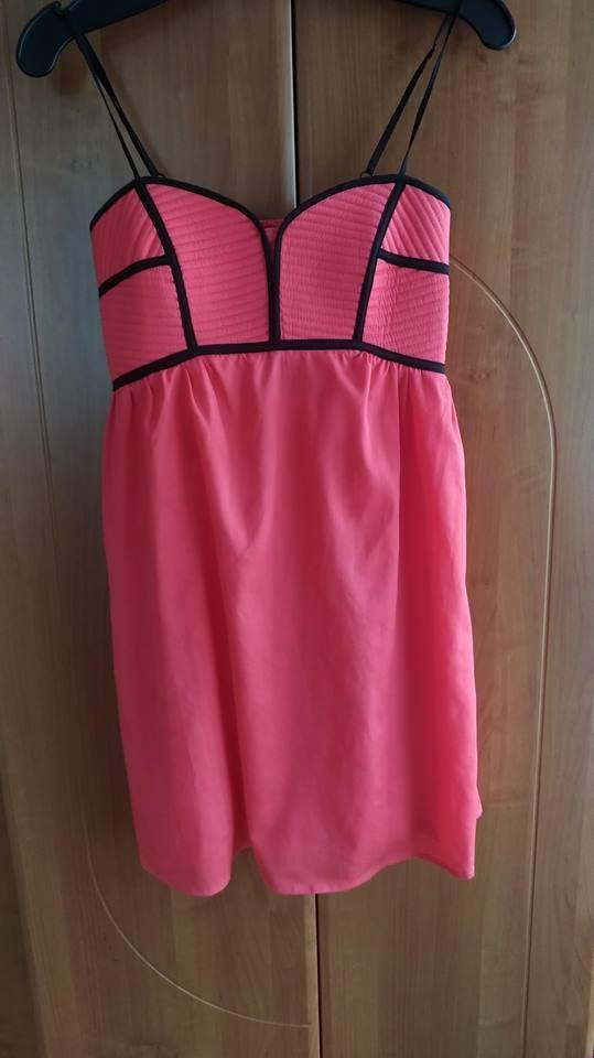 Suknie i sukienki Koralowa sukienka z usztywnanym biustem