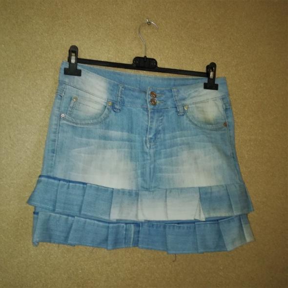 Spódnice Jeansowa mini spódnica z falbankami 40