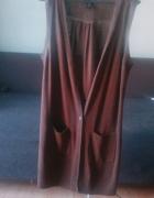 długi brązowy sweter bez rękawów...