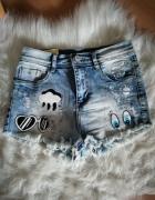 spodenki wysoki stan jeansowe nalepy poszarpane