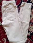 Kremowe jegginsy spodnie na gumie Pieces