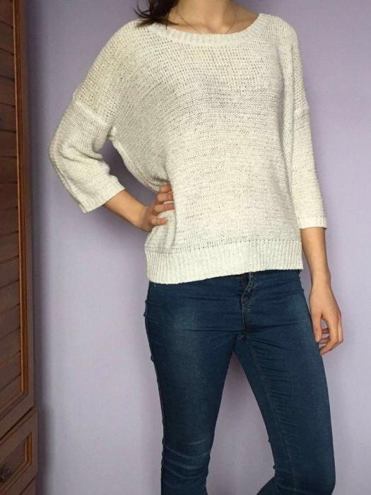 Biały Reserved sweterek...