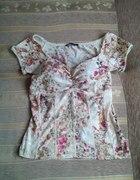 Kwiatowa bluzka śliczna