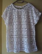 biła koronkowa bluzeczka