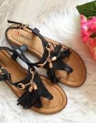 Czarne Sandały Damskie frędzle 36