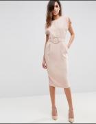 Klasyczna sukienka w kolorze nude Wesele