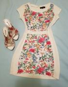 Piekna sukienka w kwiaty S
