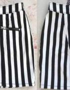 Spódniczka h&M w czarno białe paski z suwakami