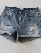 spodenki jeansowe z przetarciami xs