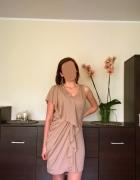 Beżowa sukienka nowa śliczna...