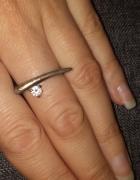 pierścionek srebrny cyrkonia
