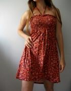 Sukienka na lato w kwiaty wiązana na szyję