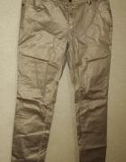 Złote błyszczące proste spodnie 42 44
