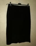 Czarna welurowa spódnica ołówkowa midi 44