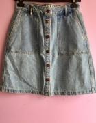 Jeansowa spódnica z guziczkami...