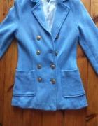 Niebieski płaszcz H&M...