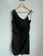 River Island czarna elegancka kopertowa sukienka...