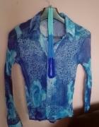 Zwiewna błękitna bluzeczka