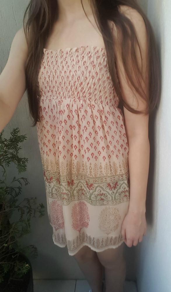 Suknie i sukienki ZWIEWNA SUKIENKA TUNIKA NA LATO WE WZORKI NA RAMIĄCZKACH XS S