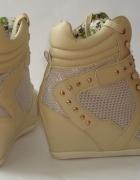 Sneakersy na koturnie trampki ćwieki studded