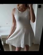 Topshop biała sukienka rozkloszowana sm