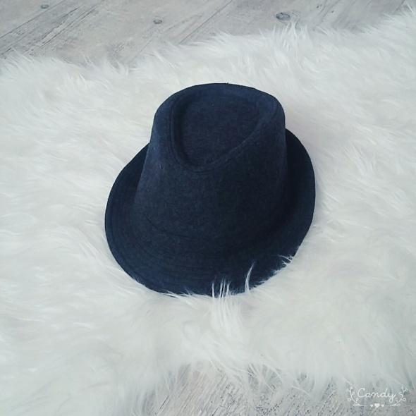 Nowy kapelusz top secret