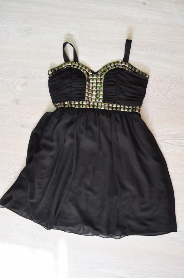 sukienka zwiewna S