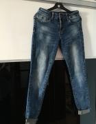 Spodnie jeans w rozmiarze 36