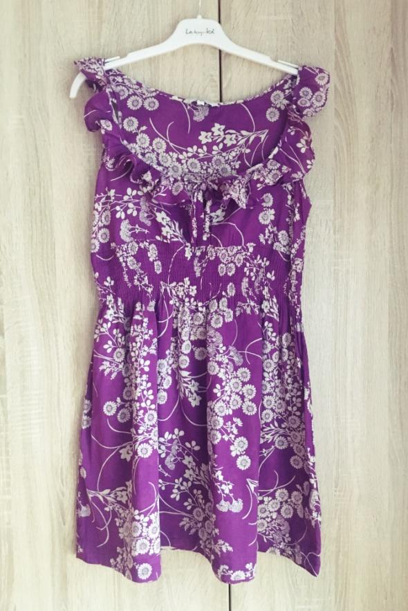 Suknie i sukienki Fioletowa sukienka w kwiatuszki new look M 38