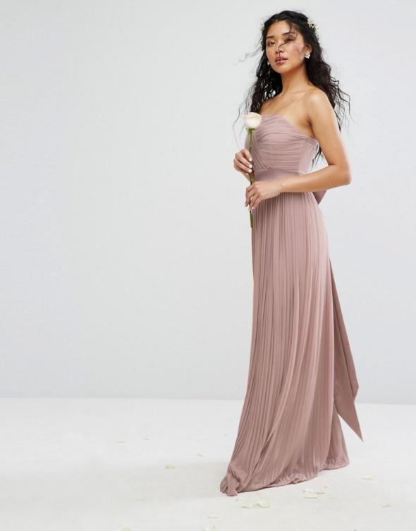 Asos maxi pudrowa sukienka plisowana koronkowa w Suknie i