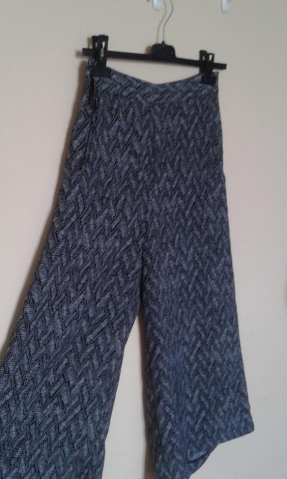 spodnie typu culloty marki warehouse...