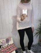 pudrowy róż sweter rozcięcie stojący tiul xs s