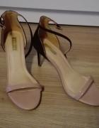 Sandałki szpilki MOHITO 38...