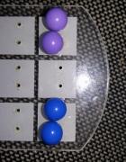 2 pary kolczyków kobaltowe i liliowe wkręty