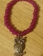 Piękna fioletowa bransoletka z zawieszką w kształcie sowy